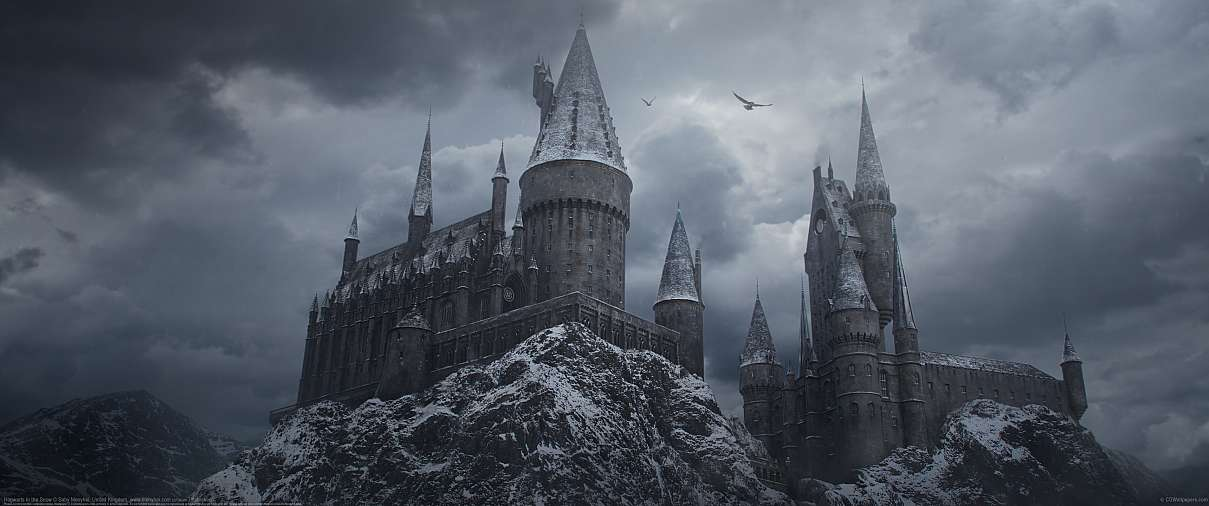 Hogwarts in the Snow ultrawide achtergrond